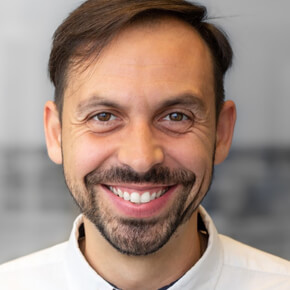 Mr. Ven Tomov, Psychotherapist